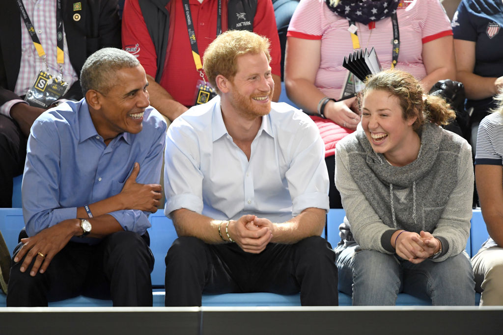 TORONTO, ON - SEPTEMBER 29: Barack Obama and Prince Harry attend the Basketball on day 7 of the Invictus Games Toronto 2017 at the Pan Am Sports Centre on September 29, 2017 in Toronto, Canada. The Games use the power of sport to inspire recovery, support rehabilitation and generate a wider understanding and respect for the Armed Forces. (Photo by Karwai Tang/WireImage)