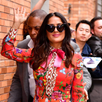 Salma Hayek showed off a blonde bob at Paris Fashion Week, and the hairstyle totally suits her