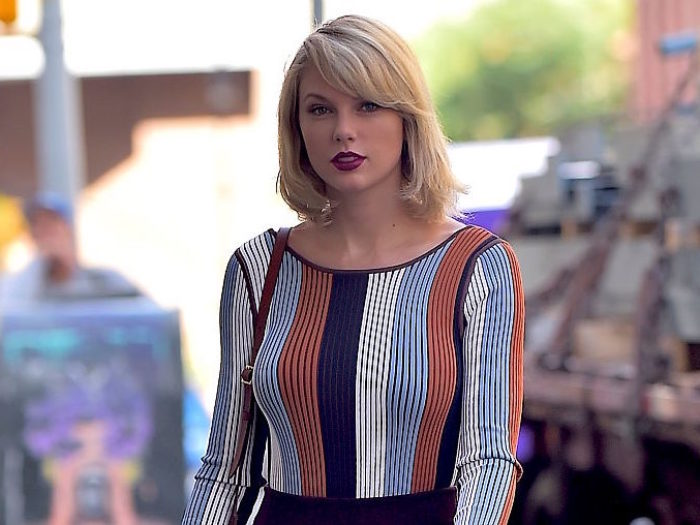 Did Taylor Swift just tease a brand new song?
