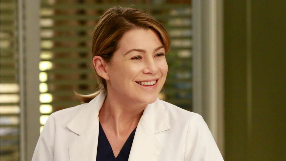 """Grey's Anatomy"" is getting a web series, and just in time for its *300th* episode"