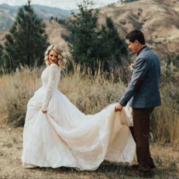 A bride revealed to her grandma that she's wearing her old wedding dress, and be still our hearts
