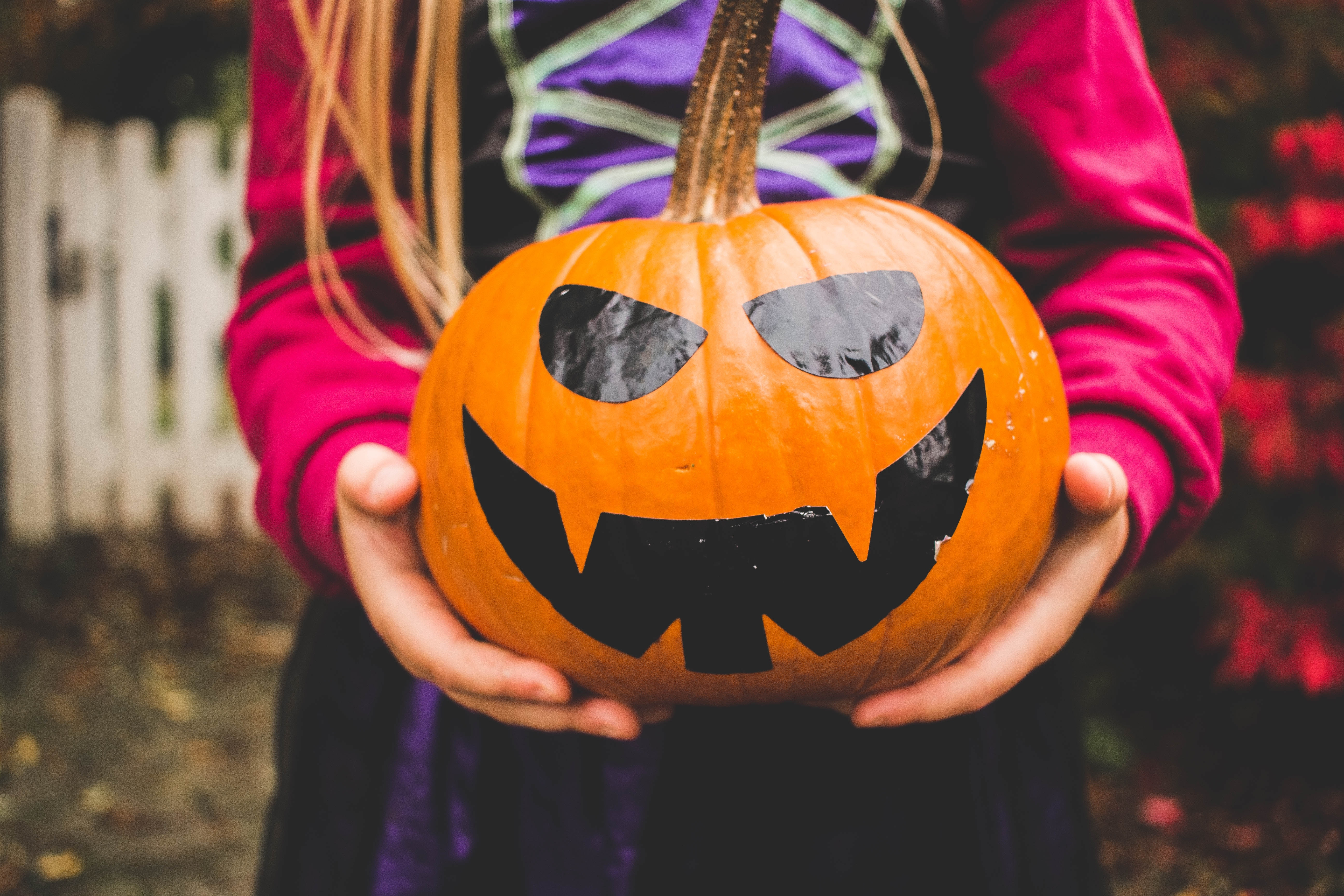 13 Ways To Decorate Pumpkins If You Don T Want To Deal With