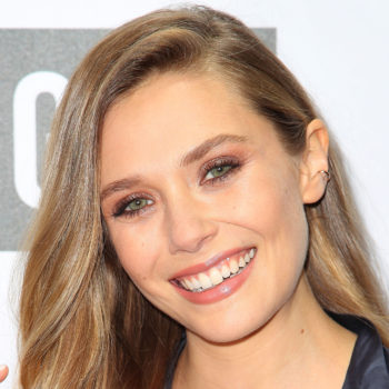 Elizabeth Olsen is completely unrecognizable on her latest magazine cover for this reason
