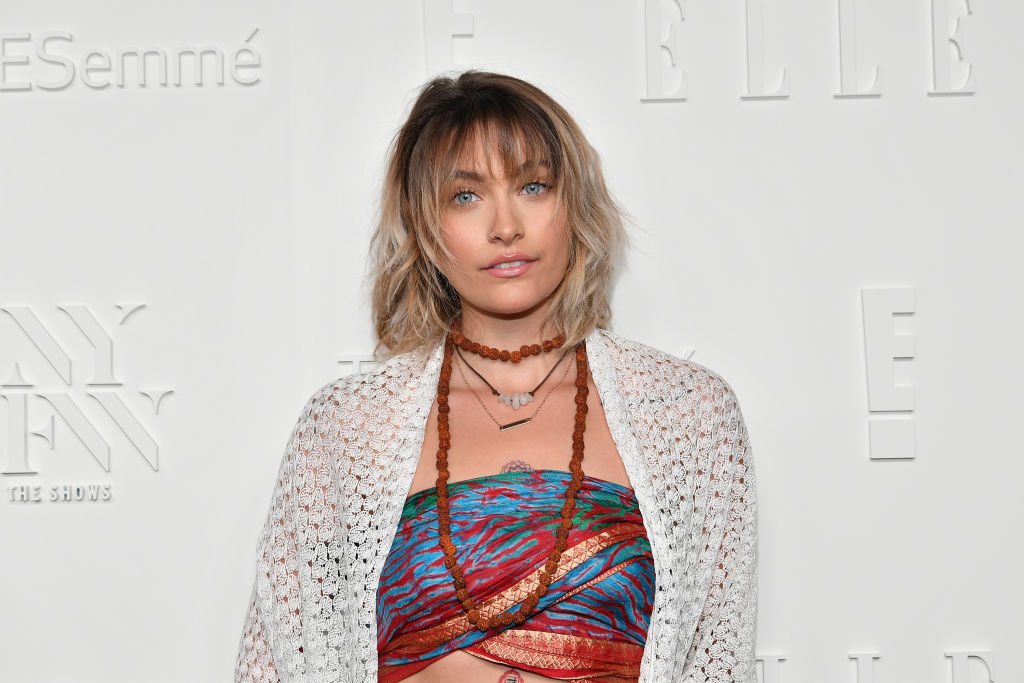 Paris Jackson walked the red carpet with no makeup, and she looked beautiful