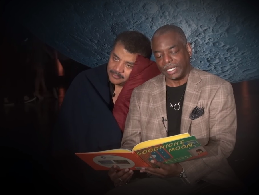 "LeVar Burton from ""Reading Rainbow"" read ""Goodnight Moon"" to Neil deGrasse Tyson and it's the best thing we've ever seen"