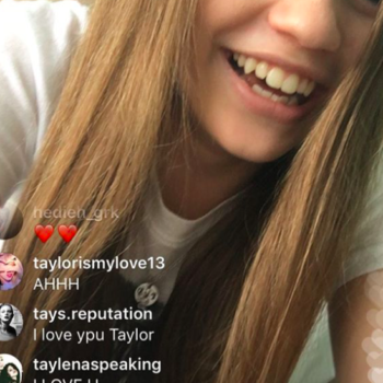 Taylor Swift is lurking on fans' Instagram lives, because THAT'S how you promote an album