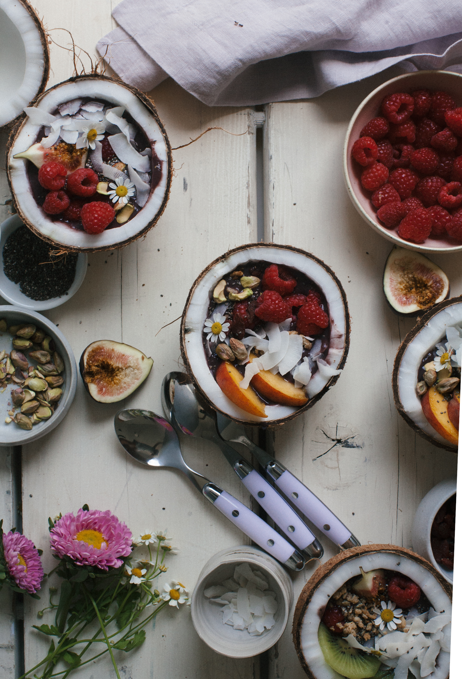 8 breakfast bowl recipes that will wake you up without any caffeine at all