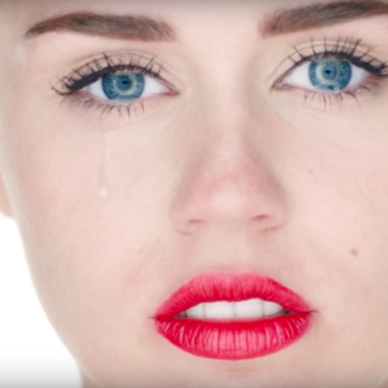 "Miley Cyrus revealed the really sad way she got that single tear in her ""Wrecking Ball"" video"