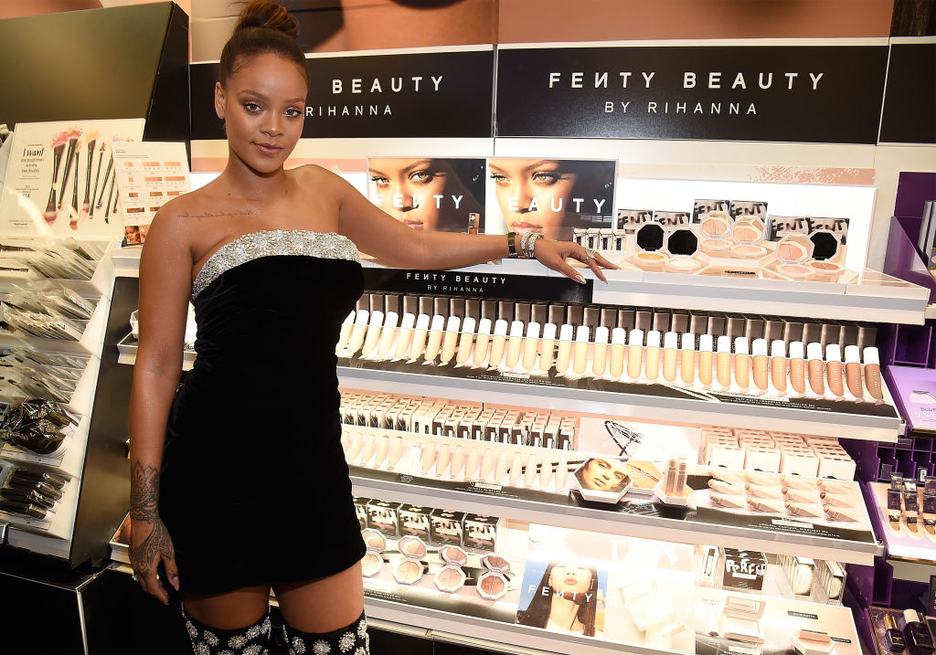 This makeup blogger is going viral for destroying Fenty Beauty products — and Rihanna approves