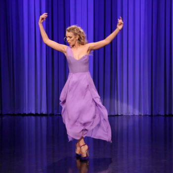 Blake Lively skinned her knee during an epic dance battle with Jimmy Fallon