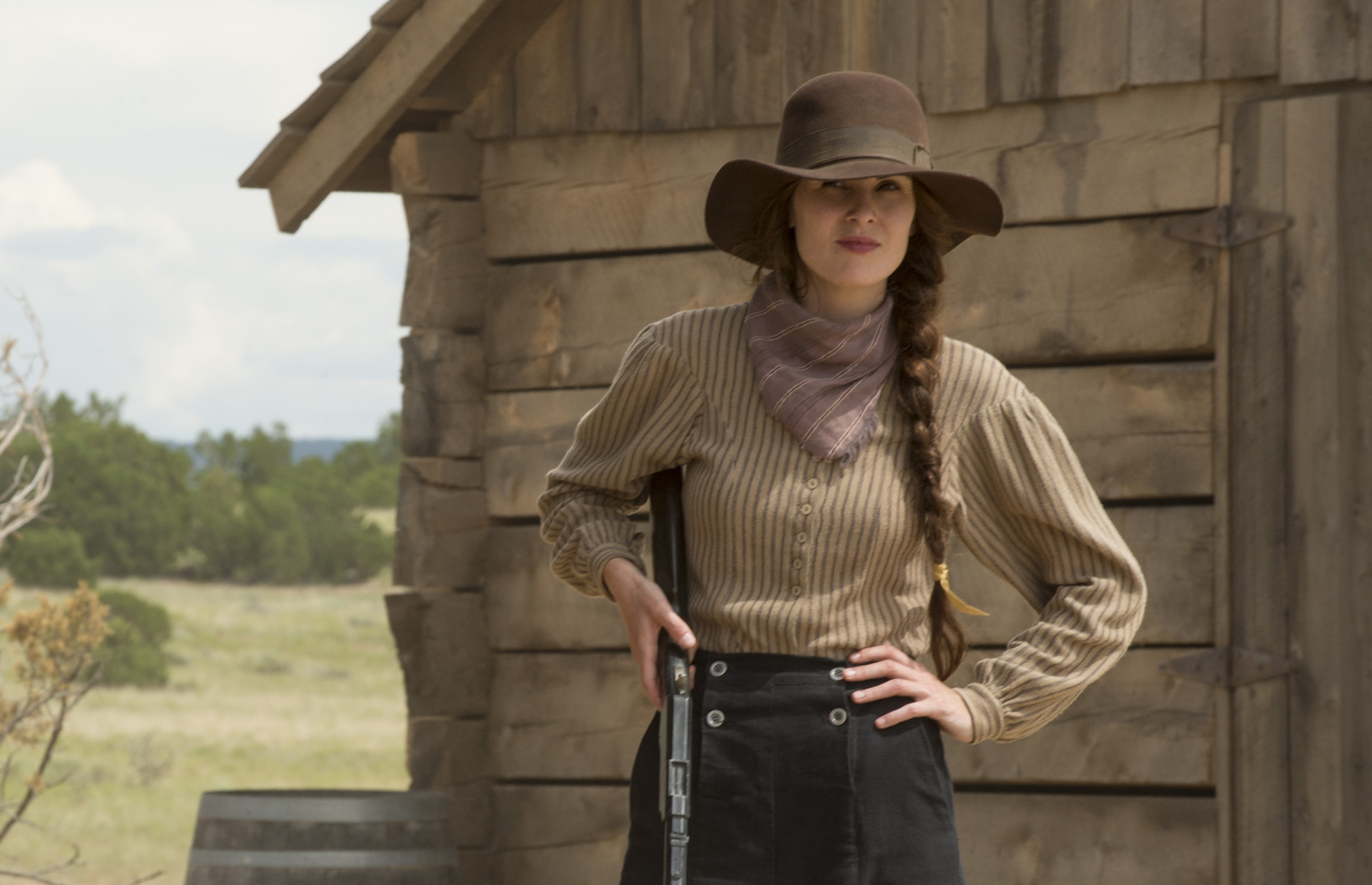 """Michelle Dockery heads to the wild, wild west in the first trailer for Netflix's """"Godless"""""""