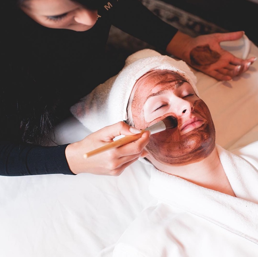 If you're planning to travel this fall, here are 11 spas that offer pumpkin-themed treatments