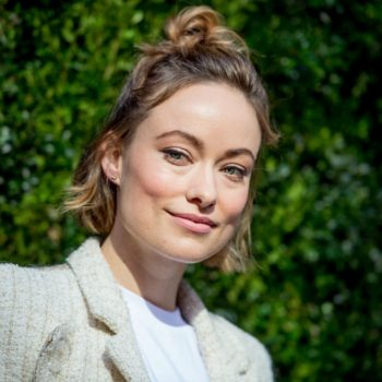 Olivia Wilde got a bad curling iron burn, still looks glam AF