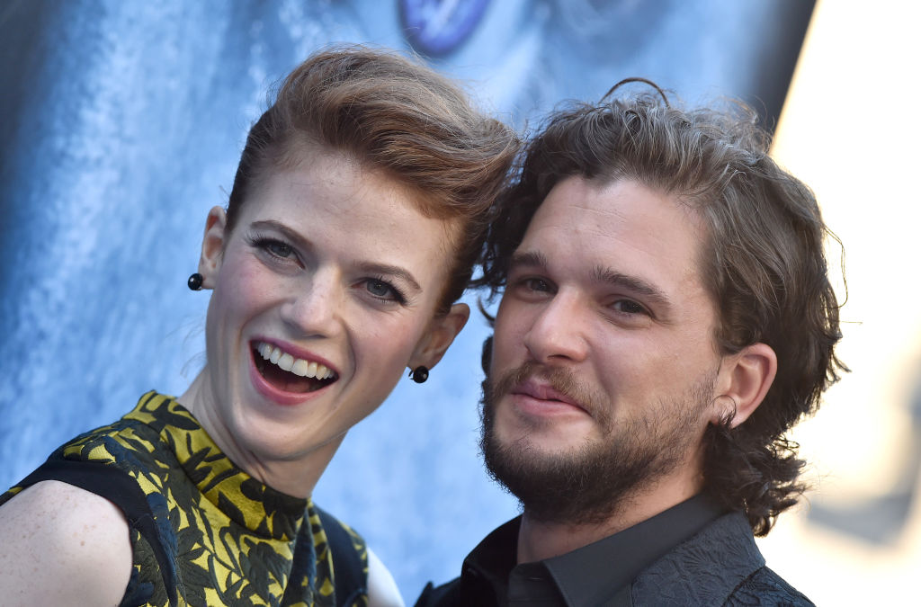 Rose Leslie made Kit Harington cosplay as Jon Snow for a party, because she is the best