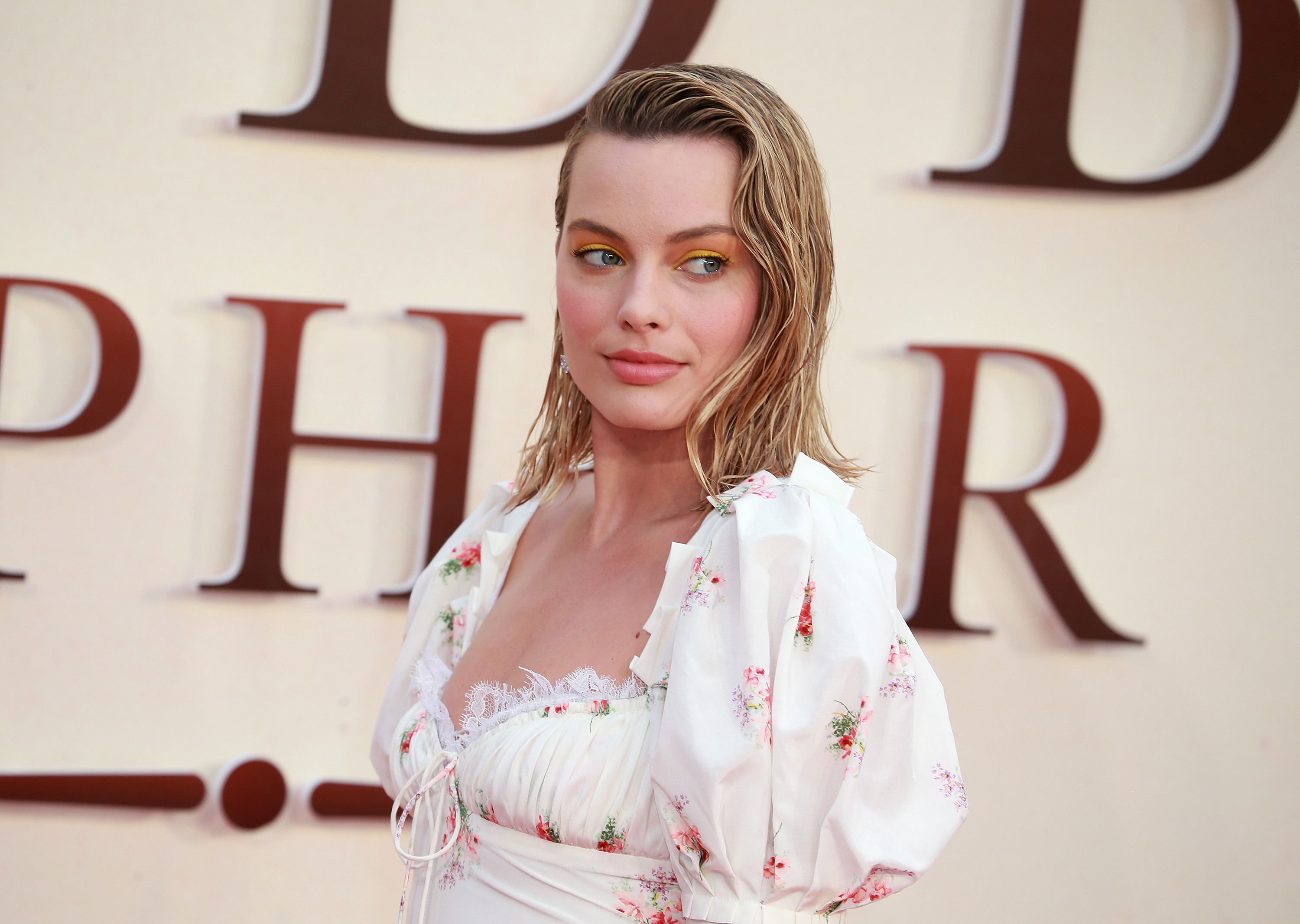 Margot Robbie wrote an open letter to Hollywood