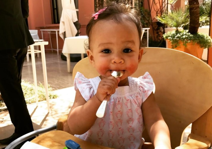 "Baby Luna gets to test out Chrissy Teigen's ribs for her ""Cravings 2,"" is the luckiest baby on earth"