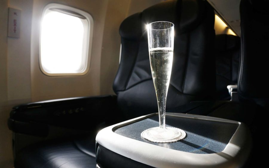 Man sues airline for serving sparkling wine instead of real champagne