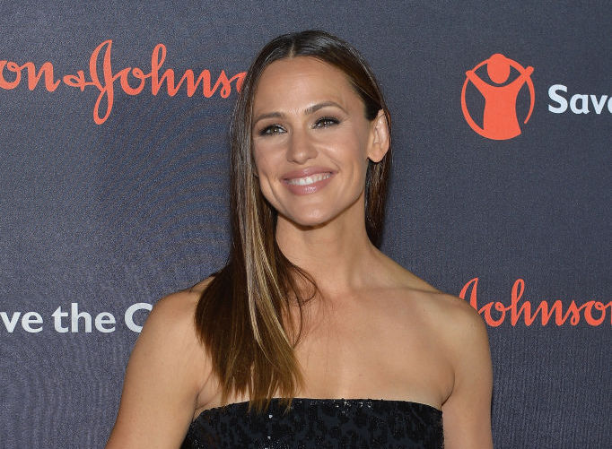 Jennifer Garner proves that a cape and fringe can be business casual