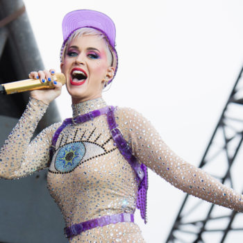 Katy Perry got stuck midair during a concert, totally kept her cool