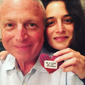 "Jenny Slate's dad reminded his daughter to ""resist"" Trump in a subtle but sweet way"