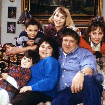 "We just got another behind-the-scenes peek at the ""Roseanne"" revival, and this set looks like the most fun"