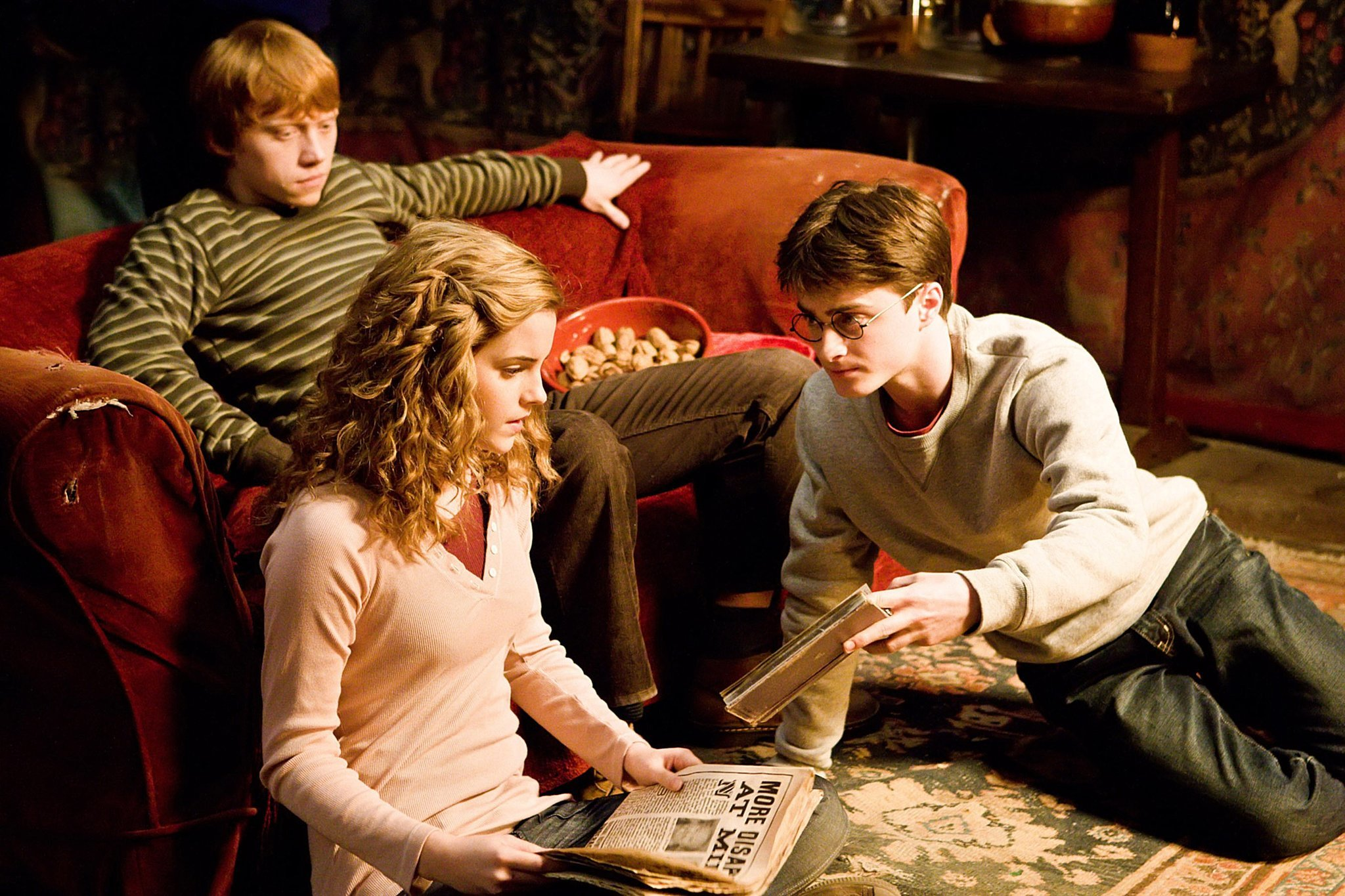 "J.K. Rowling's original ""Harry Potter"" pitch is now being revealed to the public"