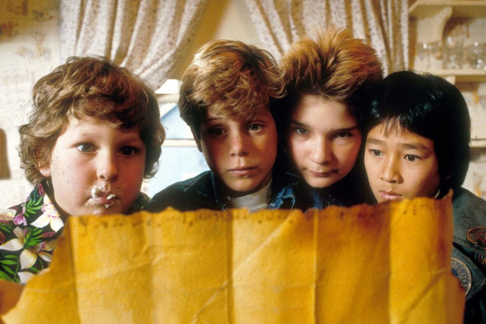 "Hey, you guys! These are the words of wisdom ""The Goonies"" star Sean Astin imparted to the ""Stranger Things"" cast"