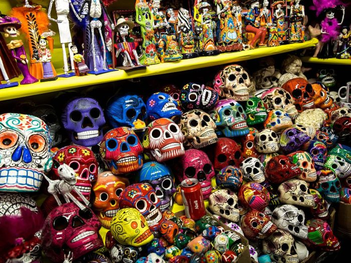 Business slow for cemeteries and vendors before Dia de los Muertos