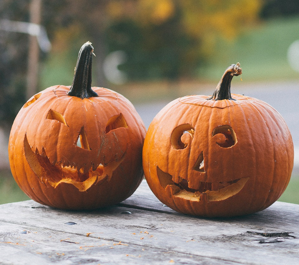 """What does """"spoopy"""" mean? Here are the origins - HelloGiggles"""