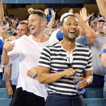 Chrissy Teigen hilariously roasted John Legend for these photos from the 2017 World Series