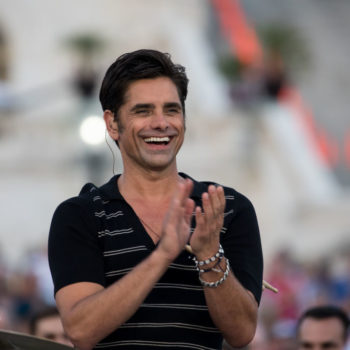 John Stamos just ran into Ashton Kutcher in the pasta aisle at the grocery store, and we cannoli hope it's part of their daily rotini