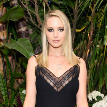 """Jennifer Lawrence is giving us """"Almost Famous"""" vibes in her '70s ensemble"""