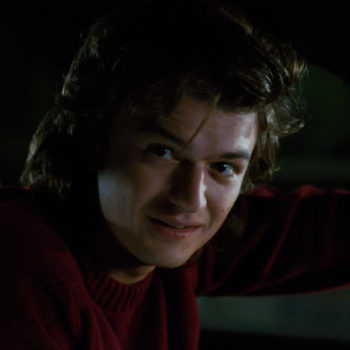 """Hopper from """"Stranger Things"""" wants everyone to know he had the original Steve Harrington hair"""