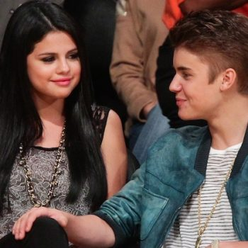 Selena Gomez wore one of Justin Bieber's shirts to his hockey game