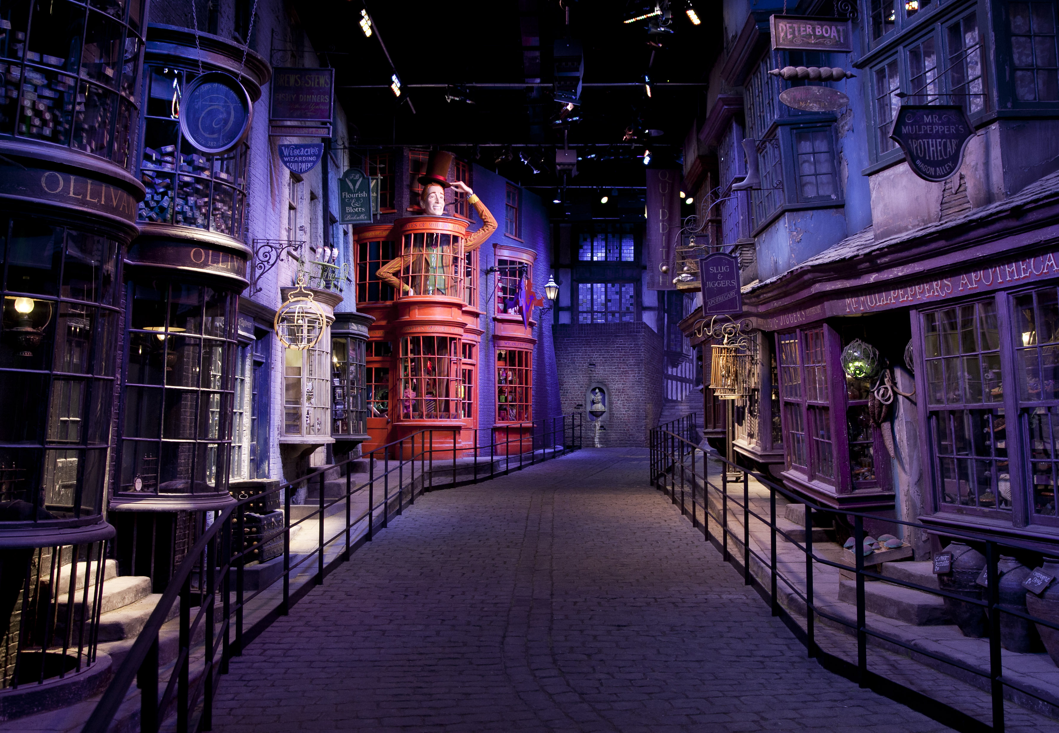 A Seattle dad just built a life-size Diagon Alley for his kids, and we're open to being adopted