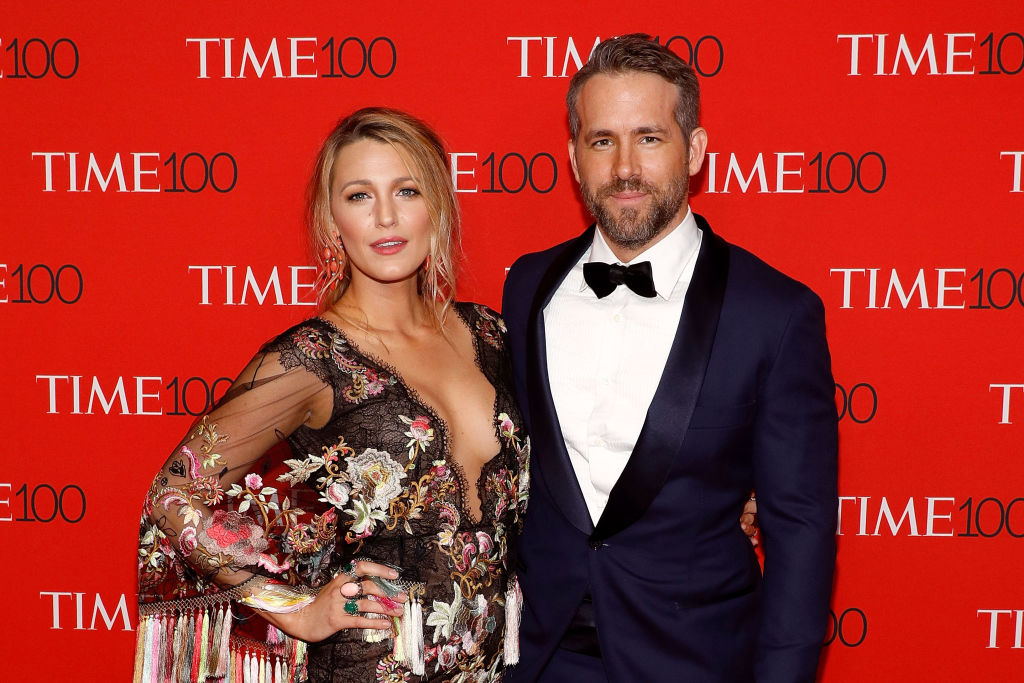 Ryan Reynolds continues to troll wife Blake Lively with a #nofilter photo