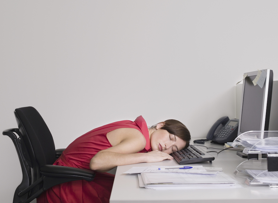 This is why you want to fall asleep after you eat lunch at work