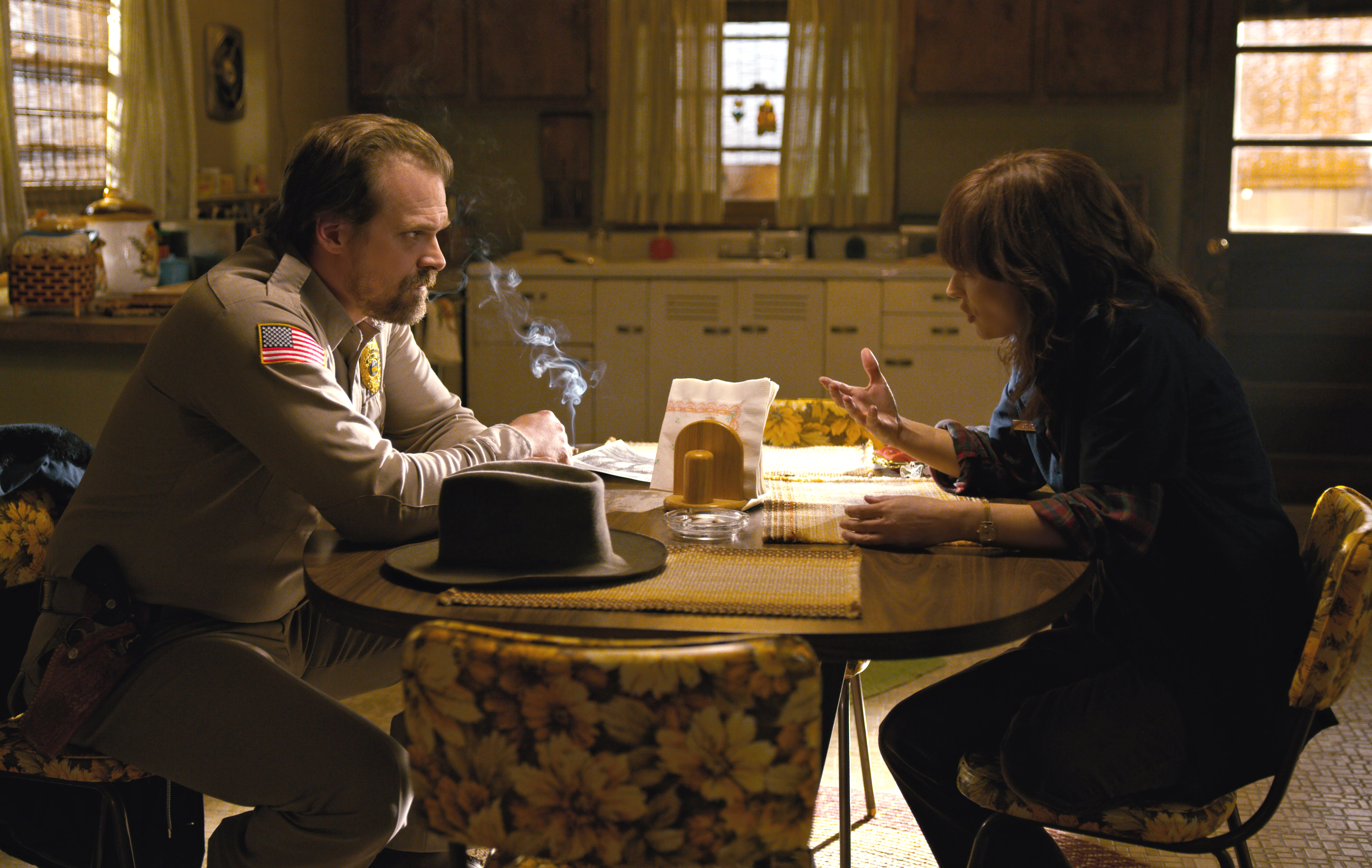 "David Harbour gushing about working with Winona Ryder on ""Stranger Things"" will make your heart burst"