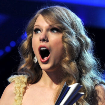 Taylor Swift just debuted her new surprised face