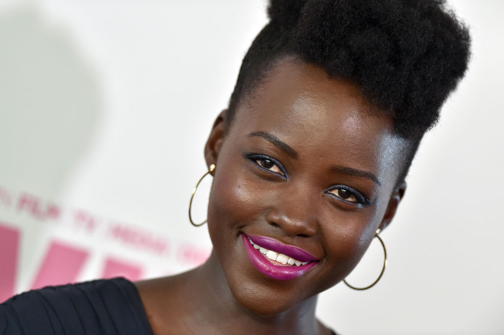The magazine that photoshopped Lupita Nyong'o's natural hair apologized, but Twitter isn't having it