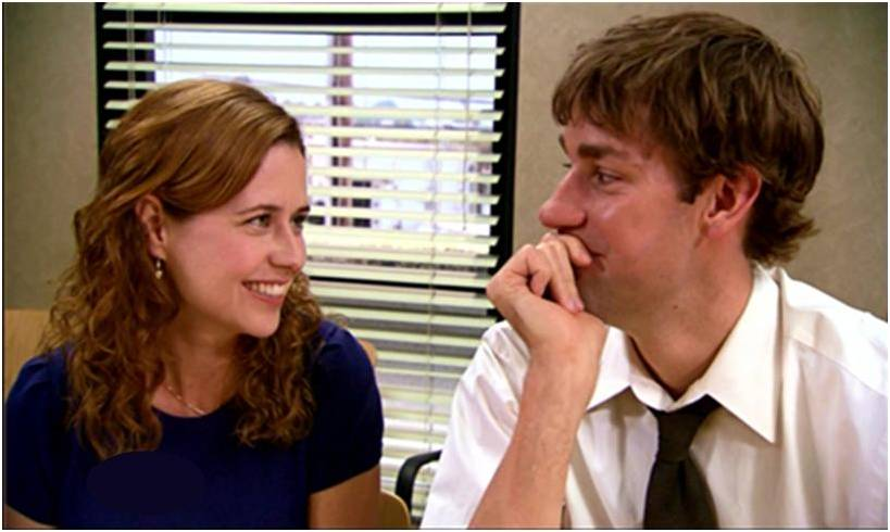 """The Office's"" Jenna Fischer said she felt like her heart would ""burst"" the first time she kissed John Krasinski"