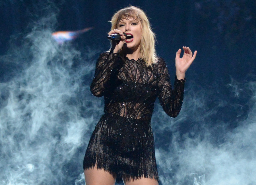 Still grieving the loss of the old Taylor? Here's how new Taylor Swift will help you through it