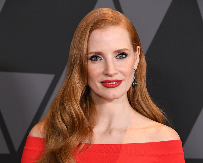 """Jessica Chastain is not happy with how """"Justice League"""" changed the Amazon warriors' outfits"""