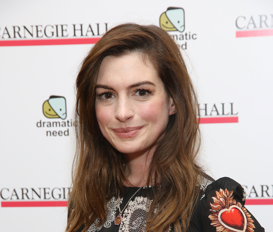 Anne Hathaway's gothic heart dress is the perfect holiday party outfit