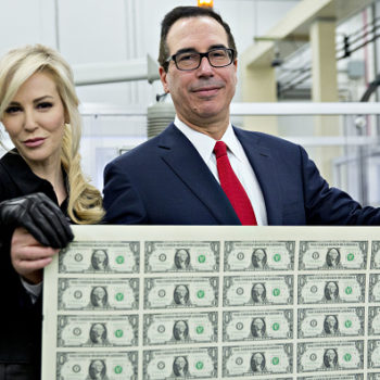 People are criticizing this pic of the Treasury Secretary's wife, and it's not okay