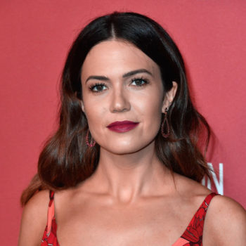 Mandy Moore's corkscrew curls look is the hairstyle you want to try in 2018