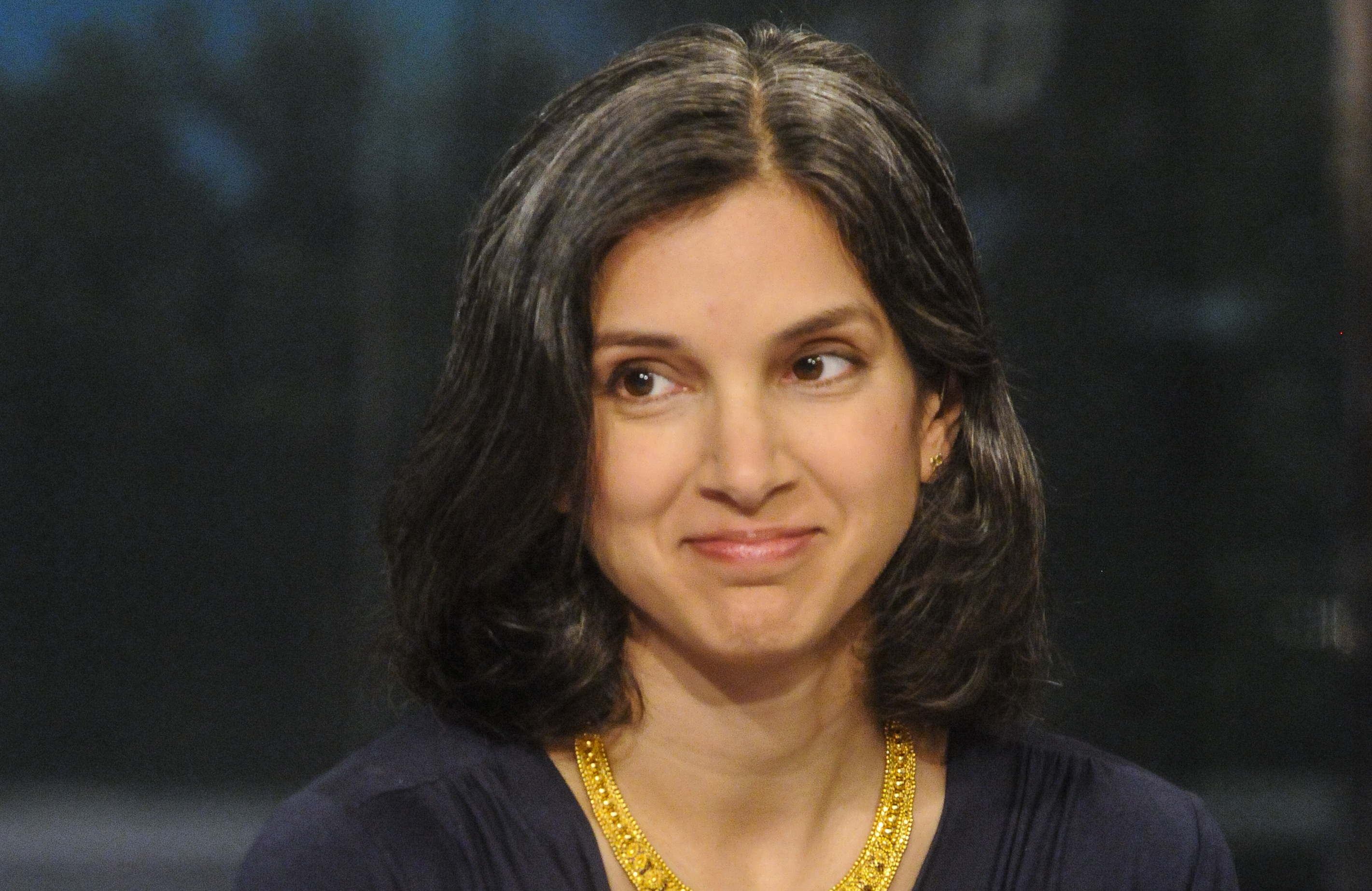 "New ""Vanity Fair"" editor-in-chief Radhika Jones can wear whatever the f*ck she wants"