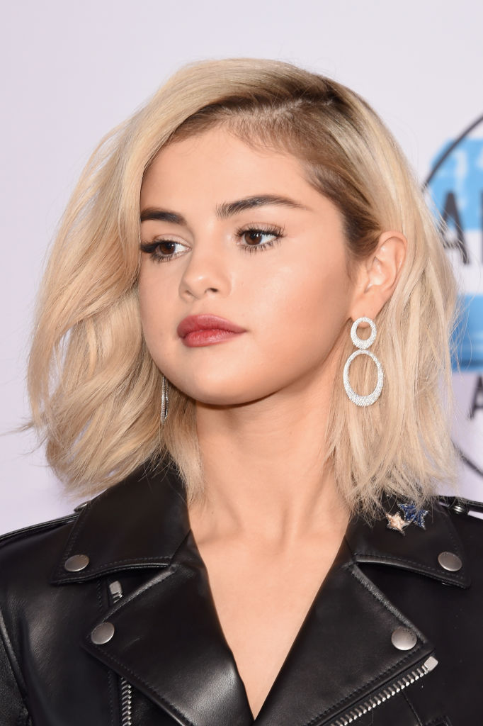 "Selena Gomez's ""Nirvana Blonde"" hair took nine hours to perfect, in case you want to steal her look"