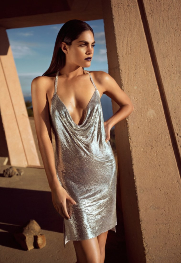 Kendall And Kylie Jenner Are Selling The Silver Paris