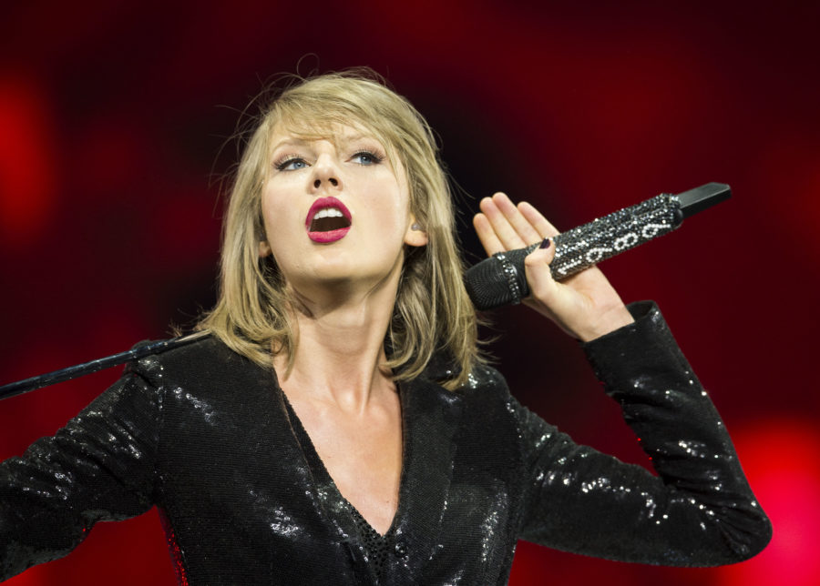 One of our favorites just dethroned Taylor Swift as the highest-earning female musician